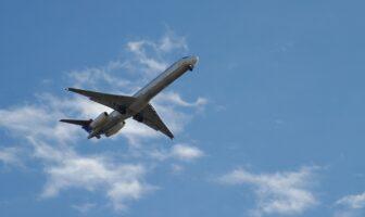 Літак, авіація