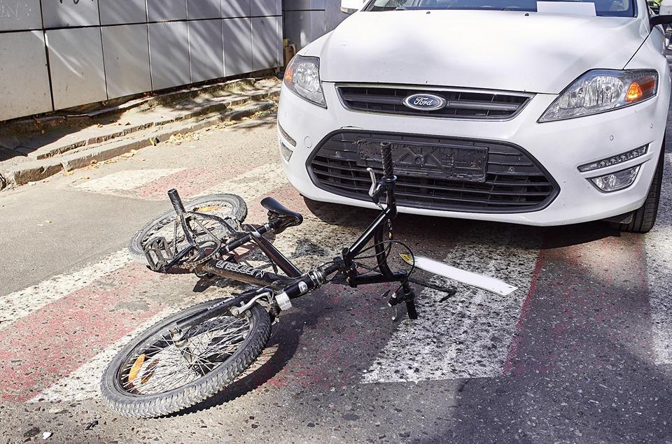 Ford Mondeo збив 8-річного хлпчика на велосипеді