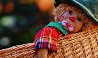 Лялька-клоун