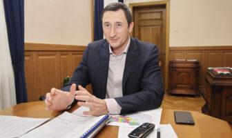 Олексій Чернишрв