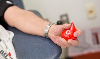 донор крові