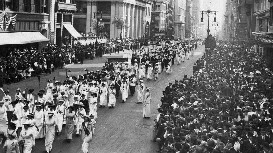 Демонстрація суфражисток у США. Нью-Йорк, 1913 рік
