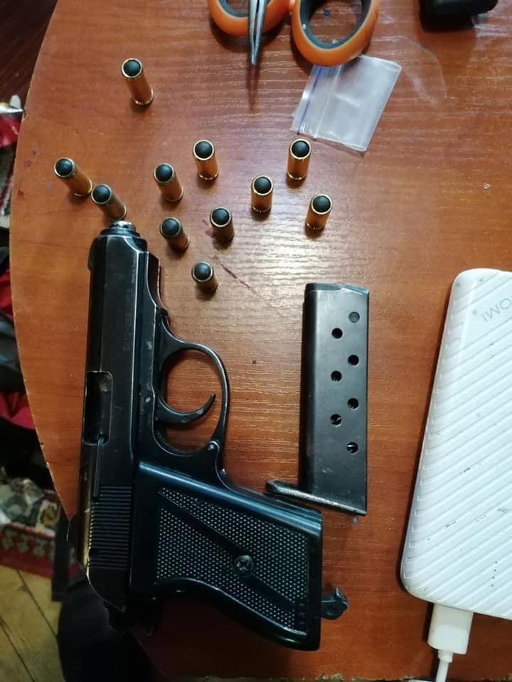Затримання банди, яка пограбувала та побила Сапожка Фото - поліція