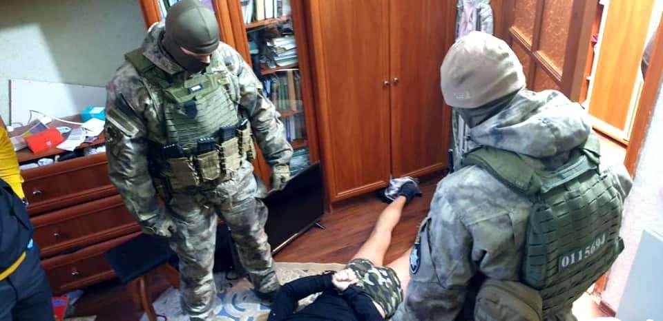 Затримання банди, яка пограбувала та побила Сапожка