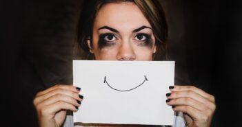 Як позбавитись від стресу, нервозності та тривоги: 10 натуральних засобів
