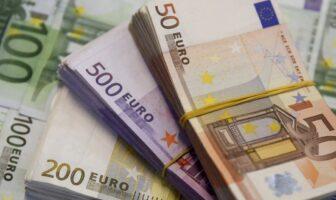 50, 200, 500 євро банкноти