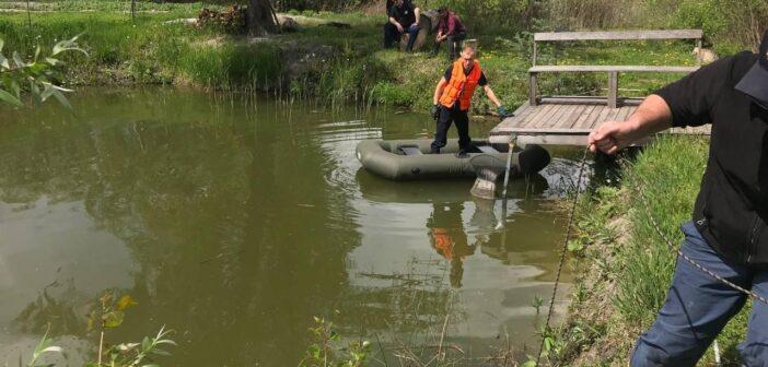 У Требухові нетверезий чоловік потонув у власному ставку. ФОТО (+18)