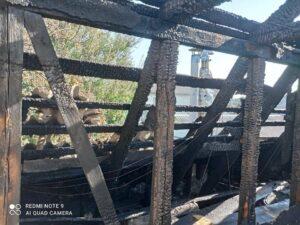 згорів будинок