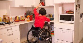 Житло людям із інвалідністю можна замінювати – президент підписав закон