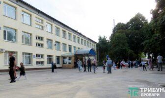 Початок навчального року, 1 вересня, школа 7, фото - Захар